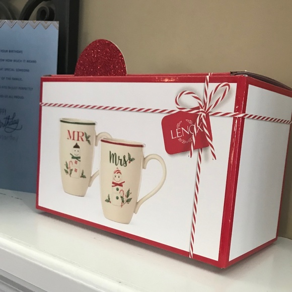 NWOT Lenox Boxed Mr & Mrs. Snowman Snowwoman Mugs